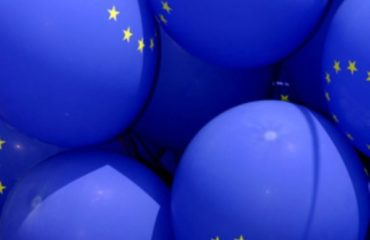 Blue baloons with EU flag